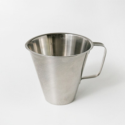 Measuring Jug w/o Foot, Closed Handle 0.5l