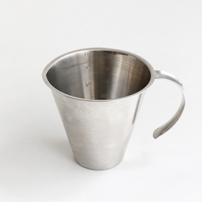 Measuring jug w/o foot, open handle 0.5l