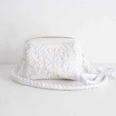LITTU GANZOS<br>white/base cream