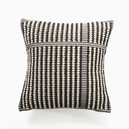 [受注生産] CUSHION COVER<br>- DIVISO UNO UNO 45 x 45cm<br>- BLACK/CREAM/BLACK(2枚セット)