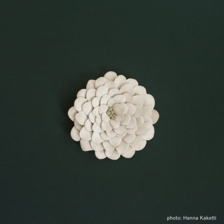 Ceramic flowers - Lumikello
